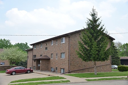 Pleasant View Apartments Dubuque Iowa 2 bedroom 1 bathroom